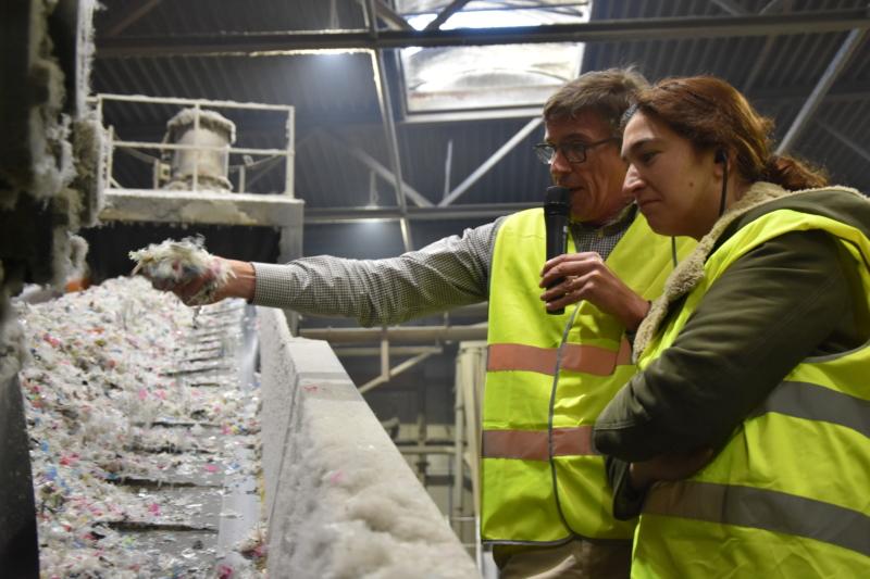 Zuhal Demir stelt uitvoeringsplan Kunststoffen voor