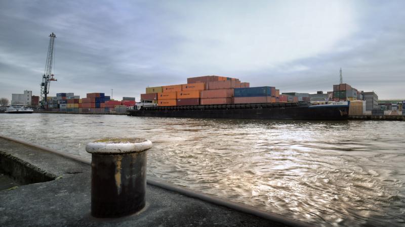 Albertkanaal Scheepvaart Ld 1192